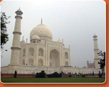Taj Mahal - major attractions of golden triangle tour packages